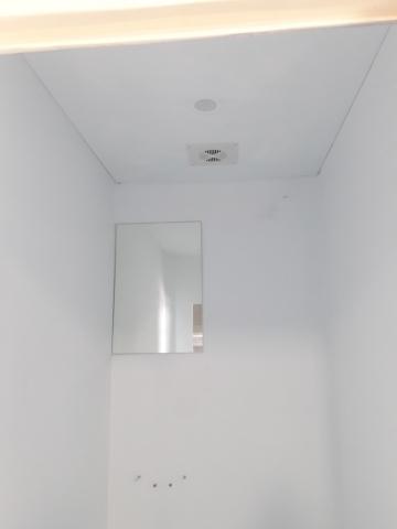 Kích thước cabin rộng hơn tất cả các nhà vệ sinh di động hiện có ở VN