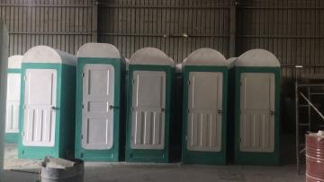 Nhà vệ sinh và nhà tắm dã chiến bằng composite